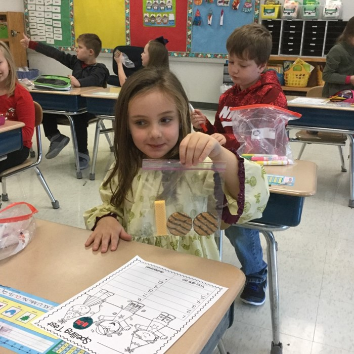 100 day snack in Mrs. Asher's classroom