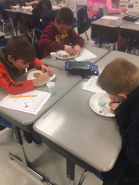 Kentucky Coal Miners Economics Lesson in Ms. VanHook's 4th grade Social Studies class