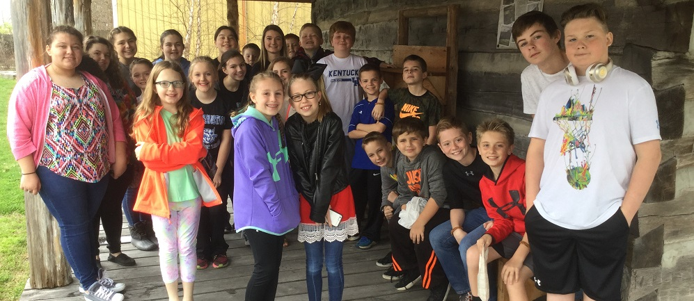 The Middle School and Elementary Academic Teams went on a field trip to Berea and visited the Berea Community Art Show presented by the Berea Arts Council.  They had a great time and learned many things about art!